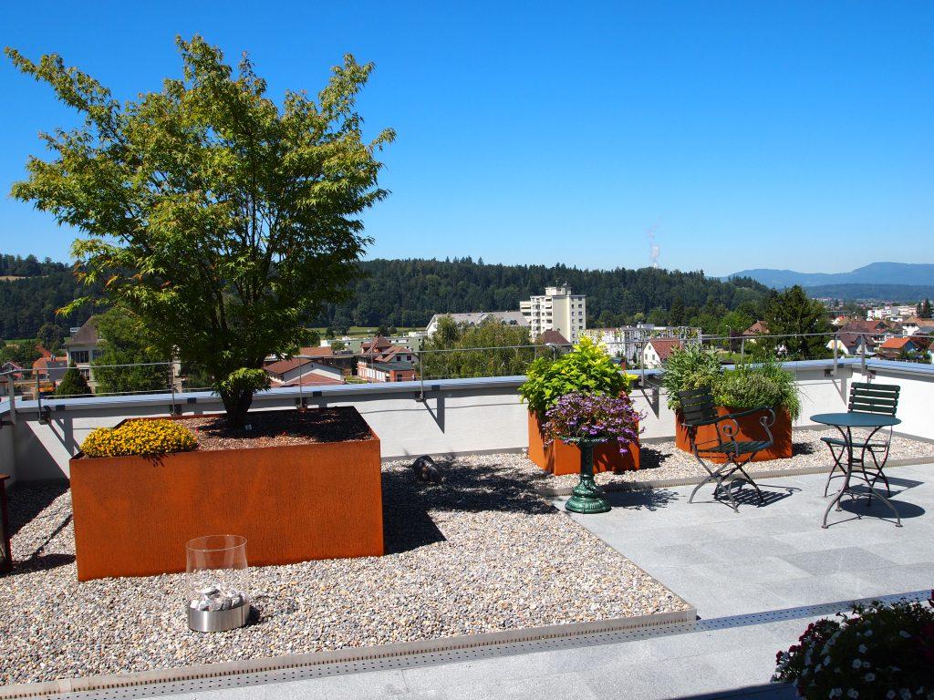 Pflanzentröge & Garten